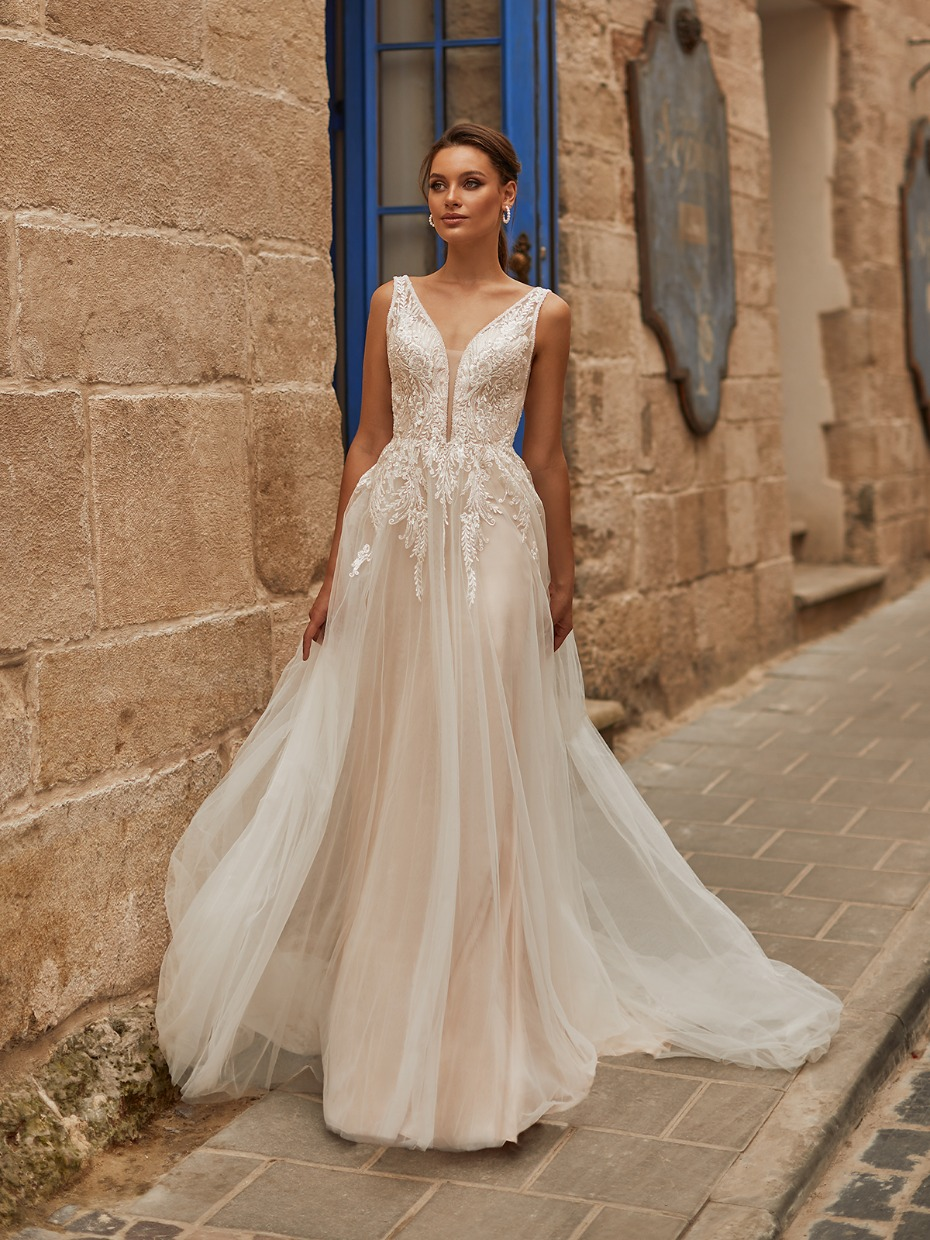 This New Collection from Moonlight Bridal Is Exactly What 2021 Brides Need