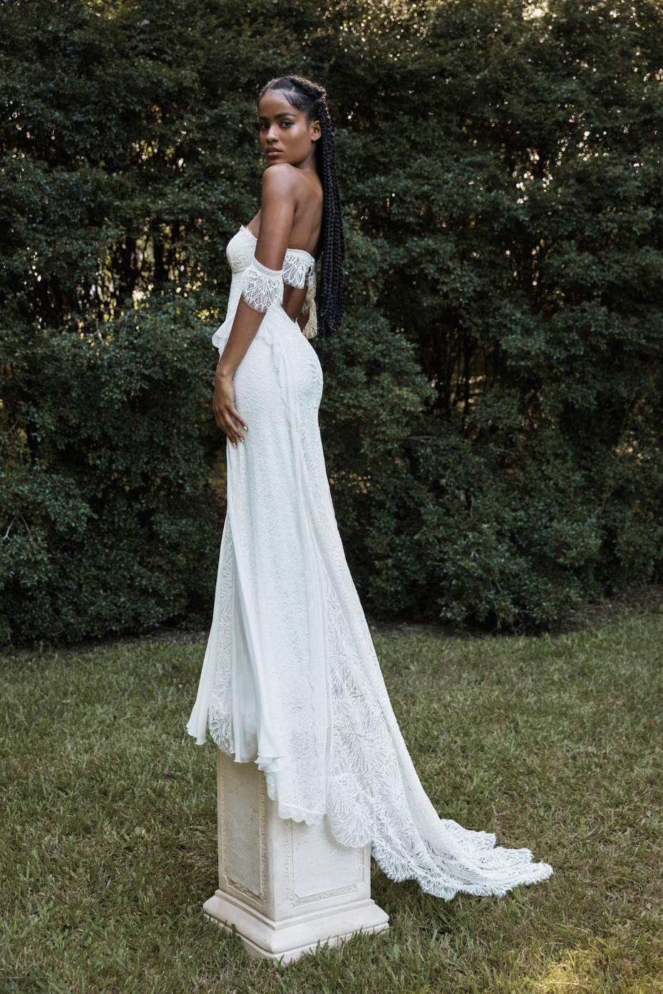 The New 2020-2021 Elysian Collection from Grace Loves Lace Is Literal Perfection