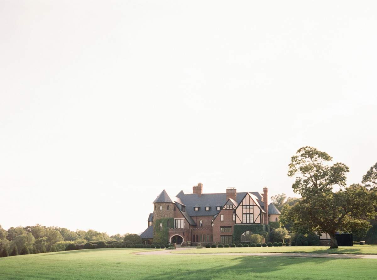 Luxury Spring Wedding Inspiration With Marchesa Fashions at the Dover Hall Estate In Virginia