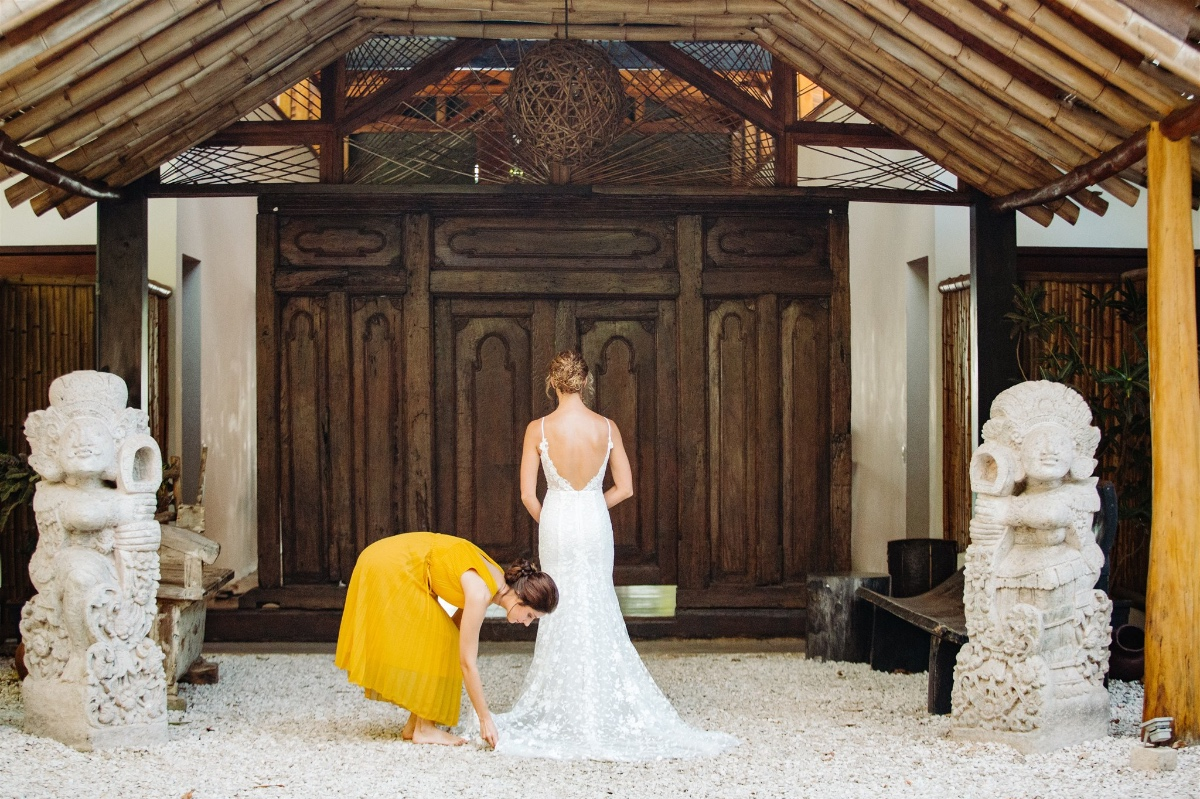 This Costa Rican Wedding Under the Palms Makes Us All Want to Lean Into That 'Pura Vida' Life