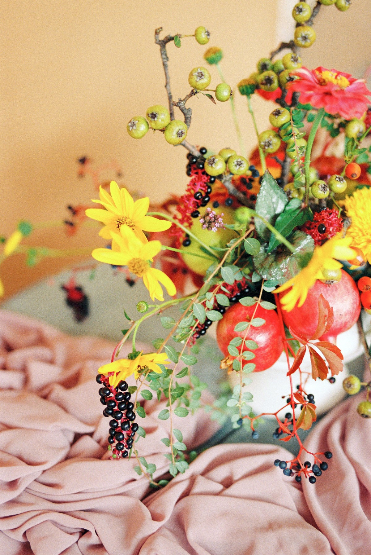 The Bloom Menagerie: Nine Centerpieces that Set the Scene for a Festive Season