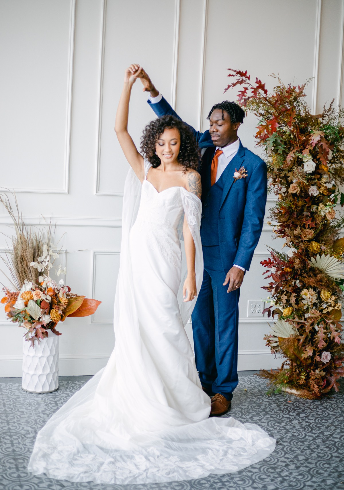 This Modern Fall Wedding Inspiration In Portland Brings Terracotta Blue to the Table[scape]