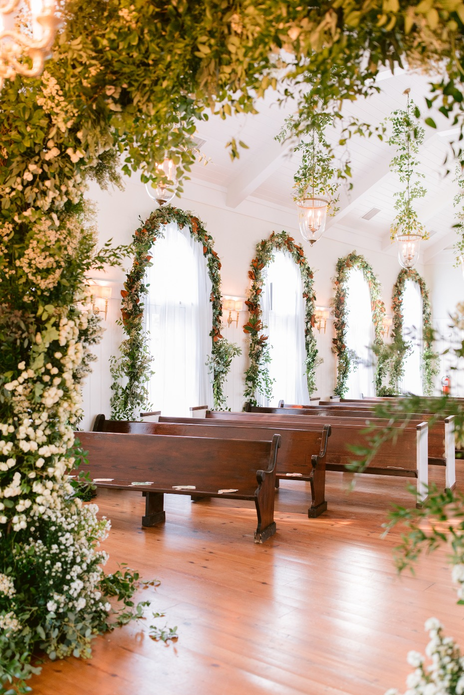 How to Virtually Plan a Wedding from Home