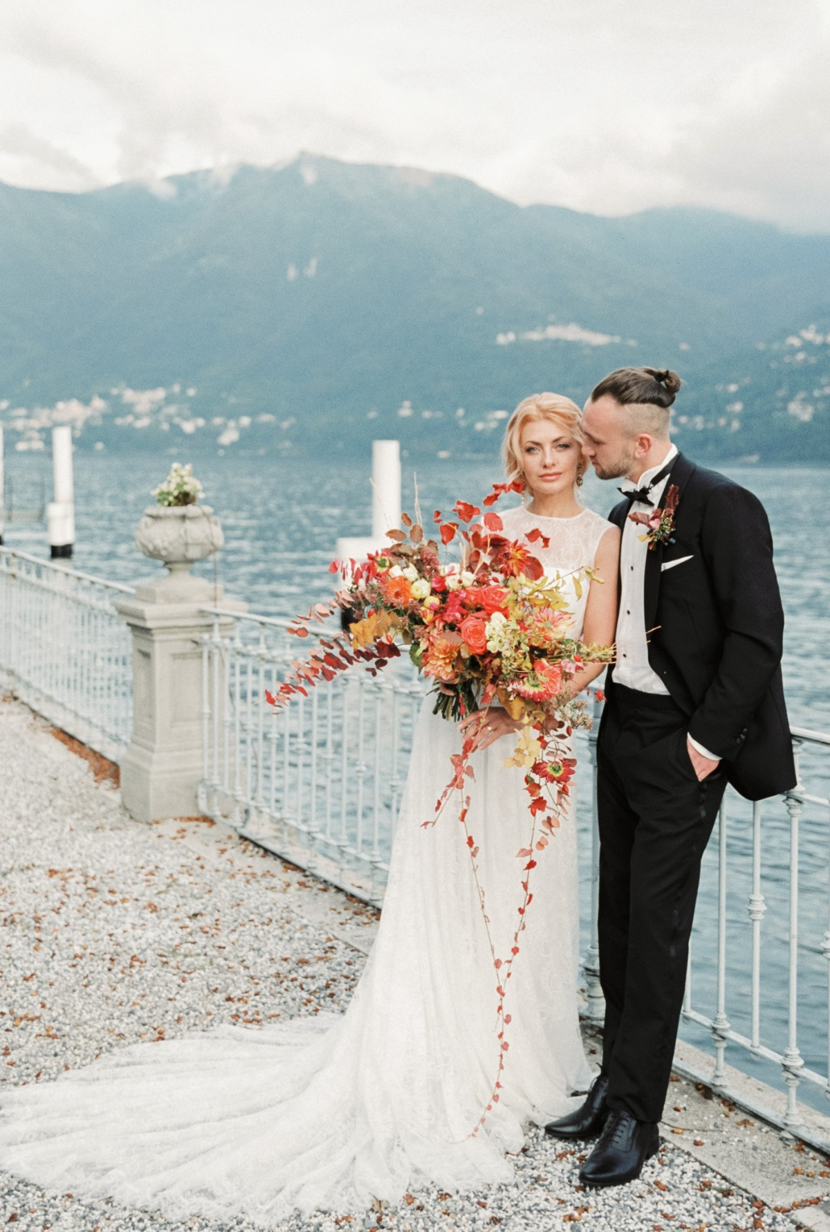 The Bride Wore Red Velvet Shoes for Her Fall Wedding Day on Lake Como