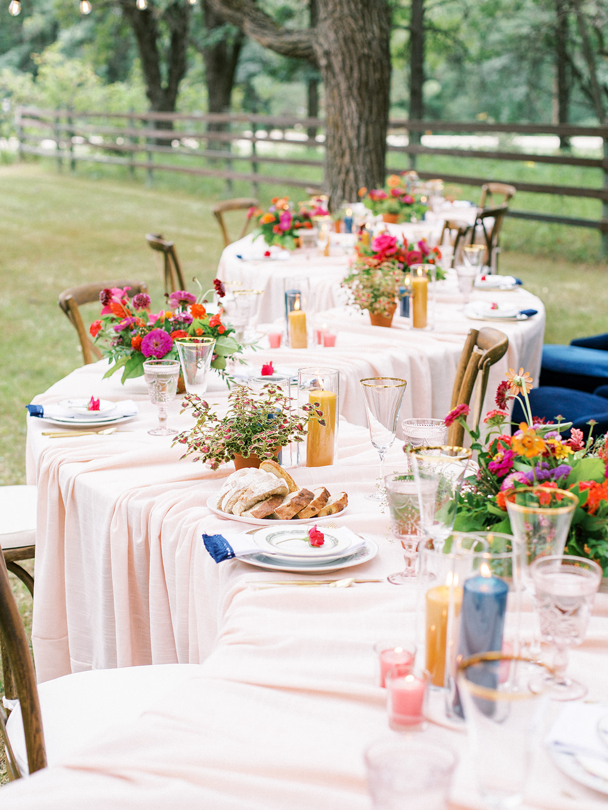 A Small But Mighty Colorful Covid Wedding For 15
