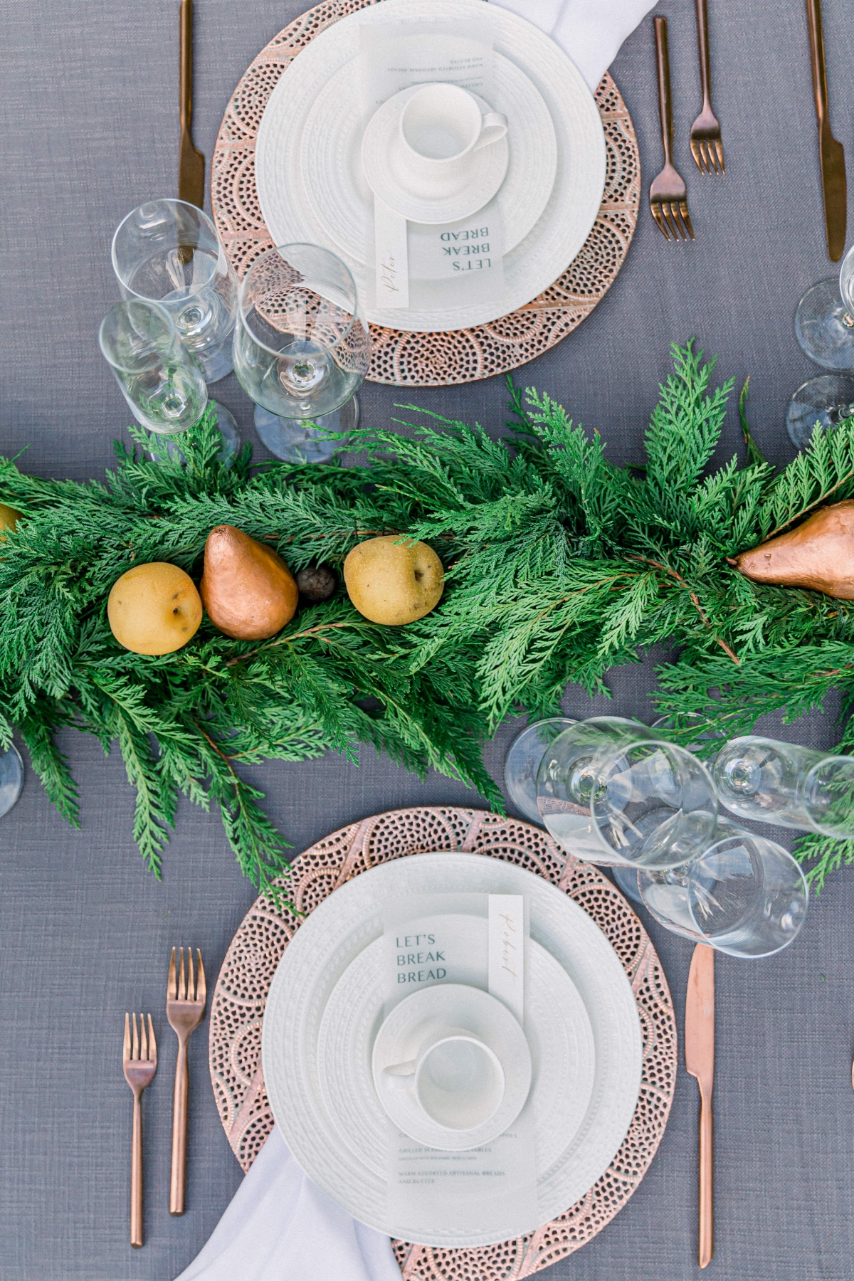 5 Tips for Setting your Holiday Table