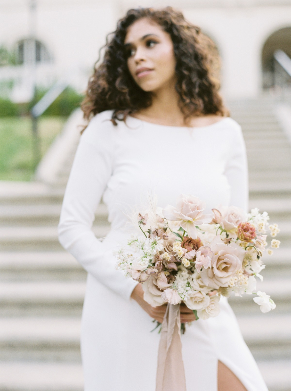 How To Have A Modern Romance Wedding in Black + Blush