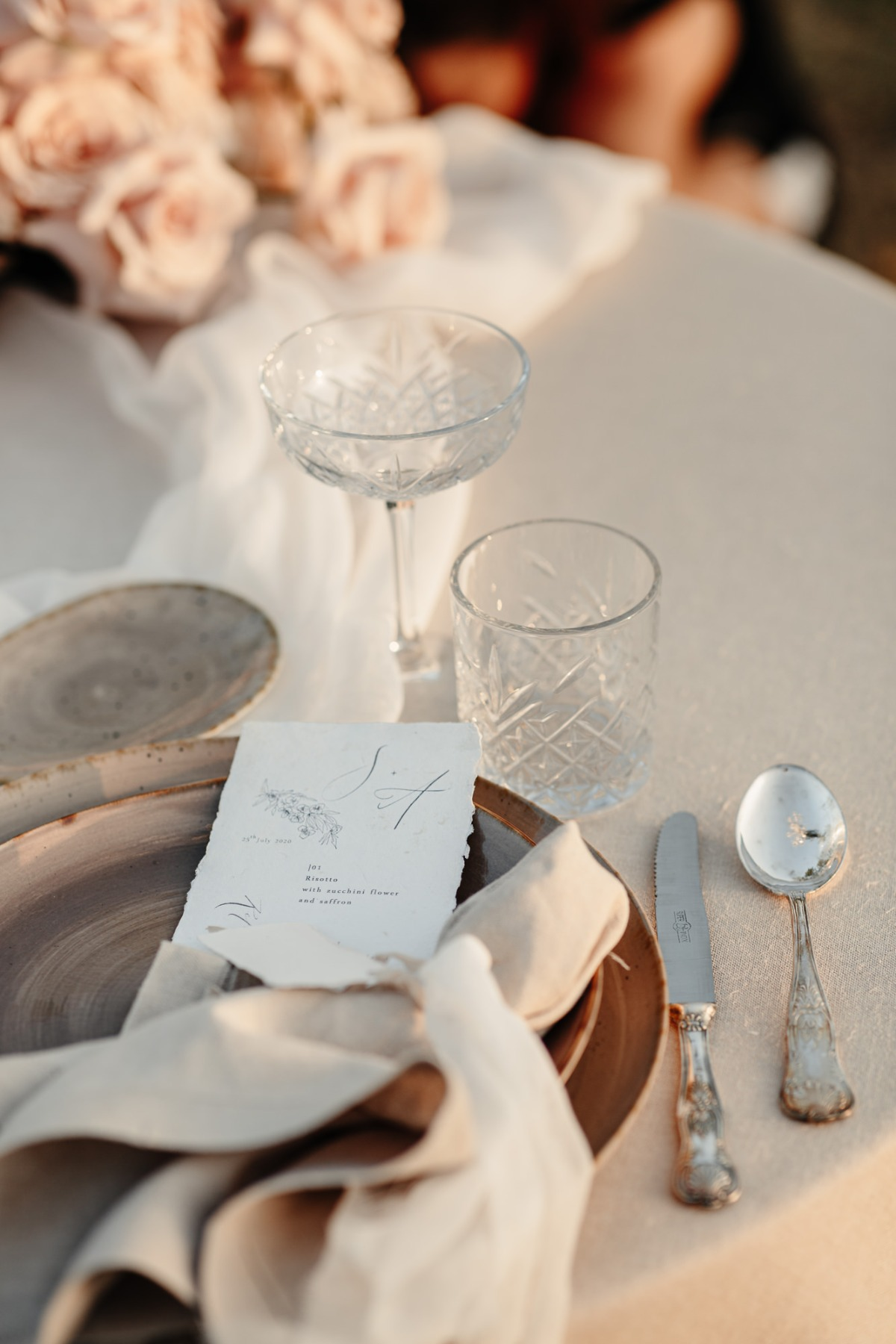 This Elopement Inspiration Shoot In The Italian Countryside Is On-Pointe–Literally