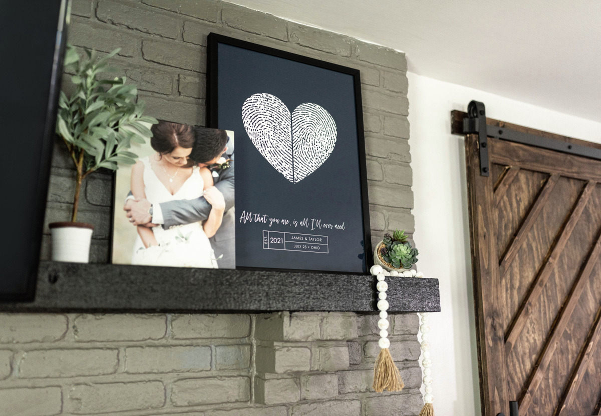 Celebrate Your Wedding Guests with This Unique Guest Book Keepsake