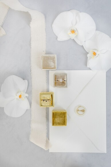 Minimalist Doesn't Mean Boring-This Styled Shoot Shows How It's Done!