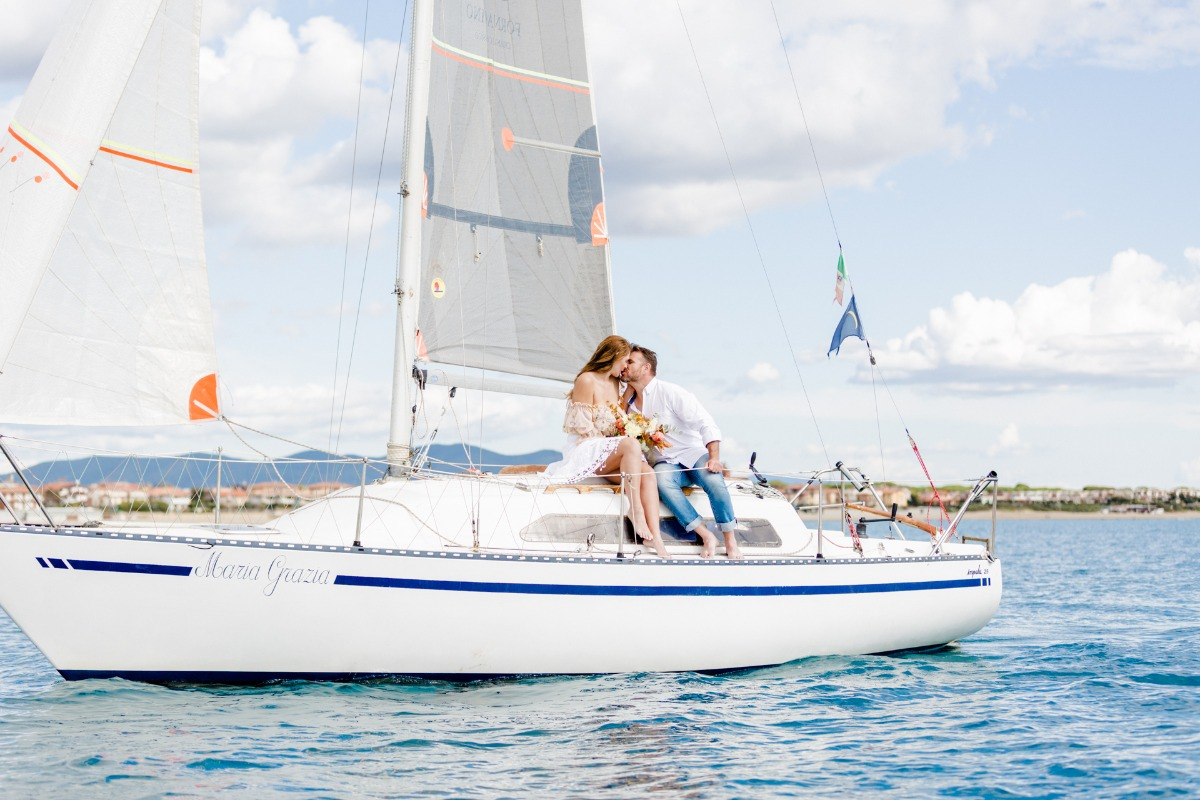 A Surprise Ceremony in Tuscany on a Sailboat