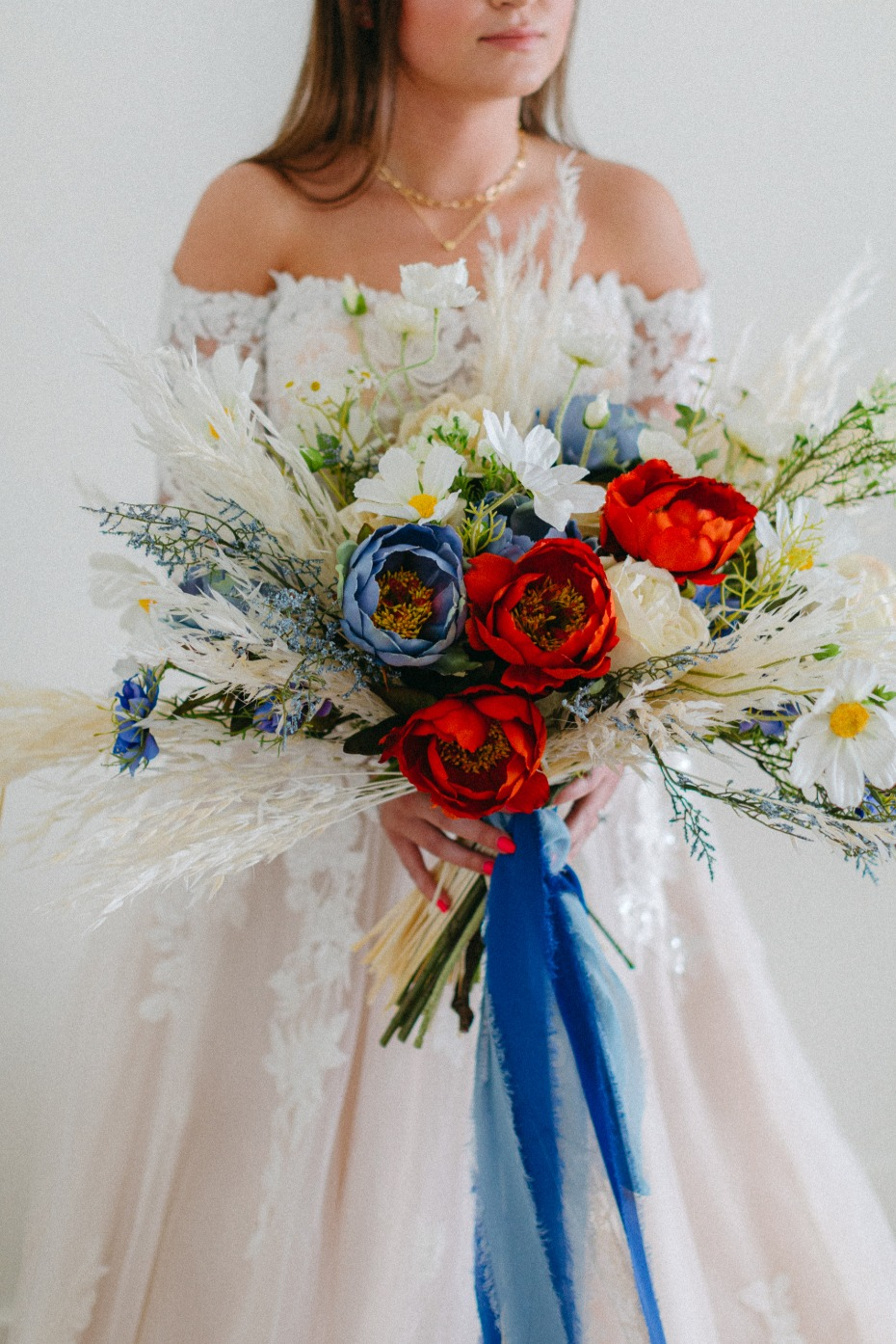 2021 Is the Year to DIY Your Wedding Bouquet and Here's How To Do It With Afloral