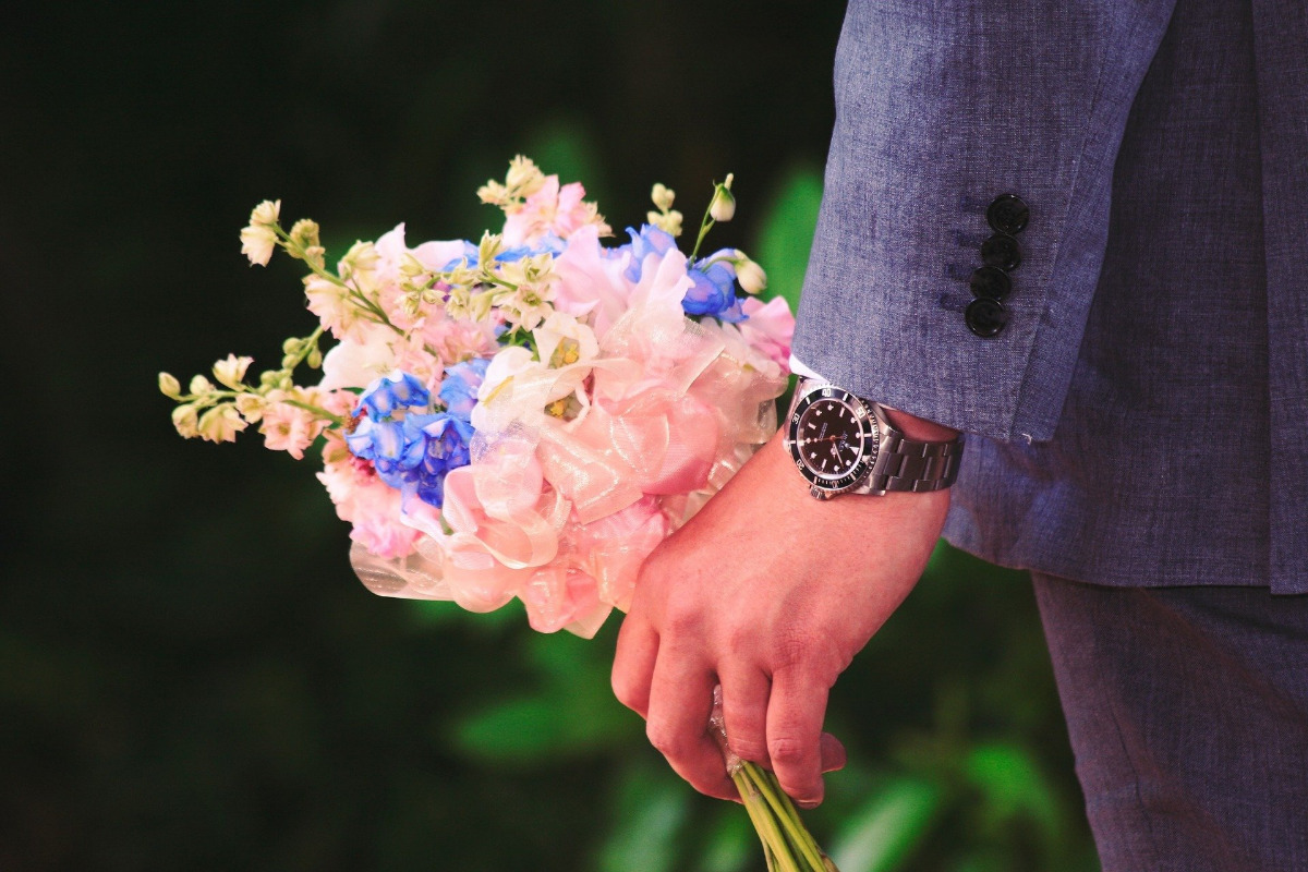 4 Exciting Gift Ideas for New Husbands