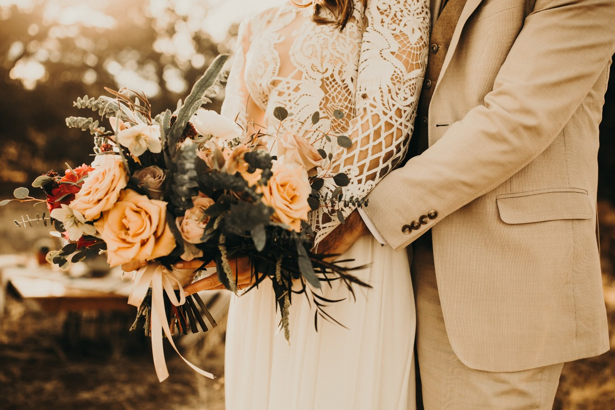 Intimate Elopement Inspiration Perfect For The Outdoorsy-Couple