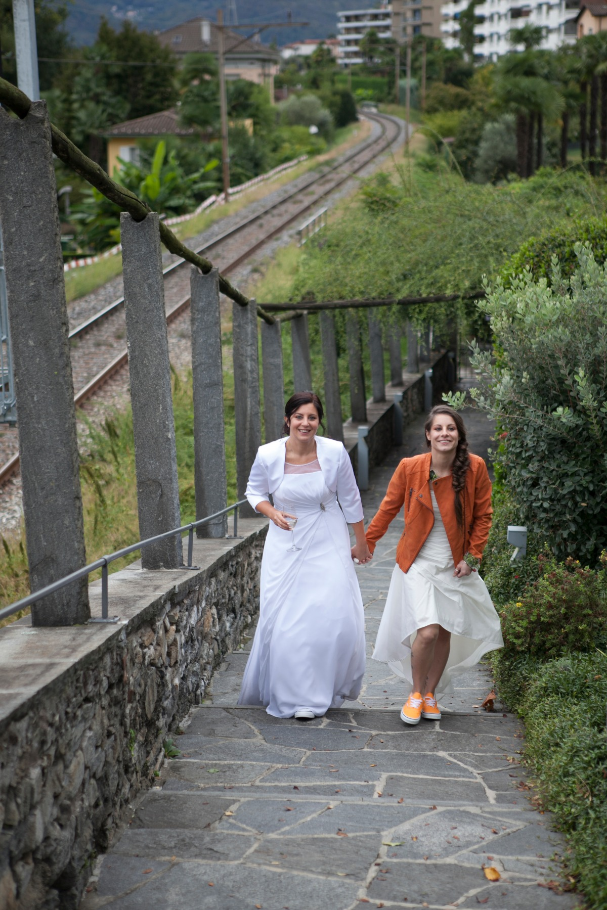 Sweet Wedding in Lake Maggiore Planned in Just Three Months