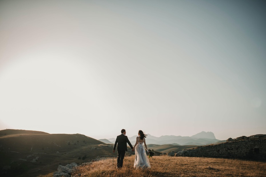Why You'll Want to Add Guest COVID Testing Options to Your Wedding Budget