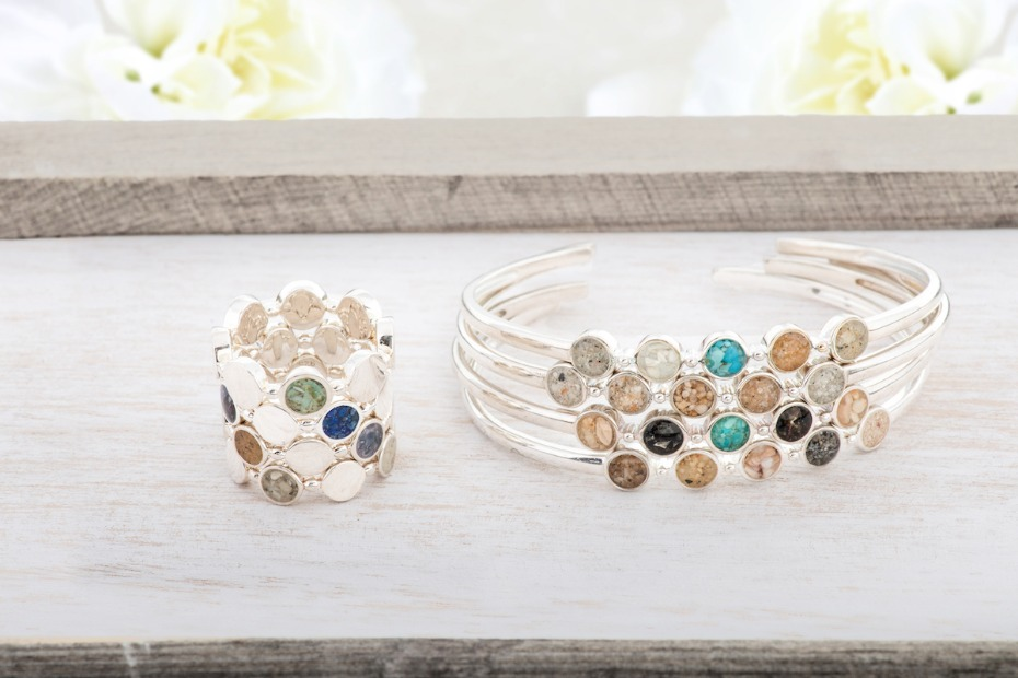 How to Go Sentimental with Gifts for Your Girls and Soon-to-Be Spouse