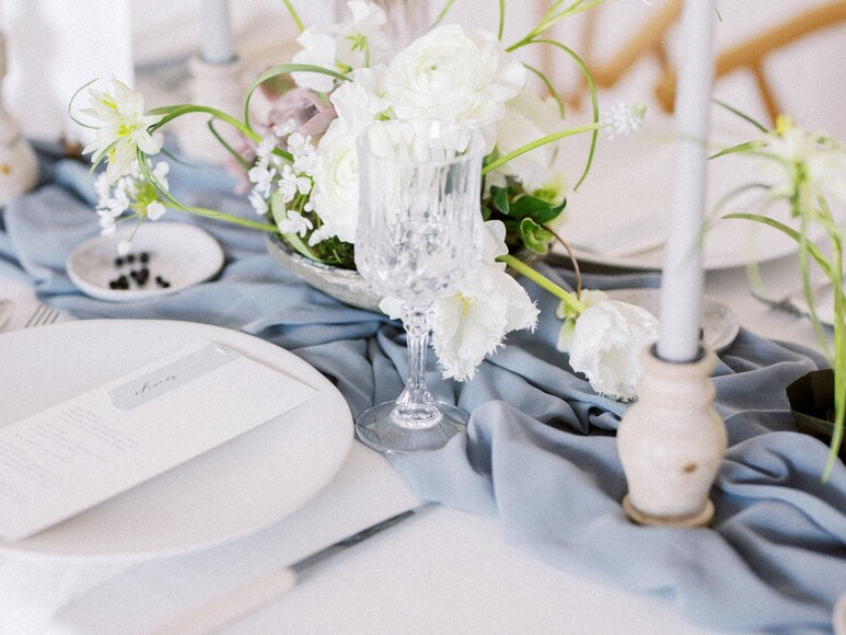 A Modern Scandinavian Inspired Bridal Moment in White and Blue