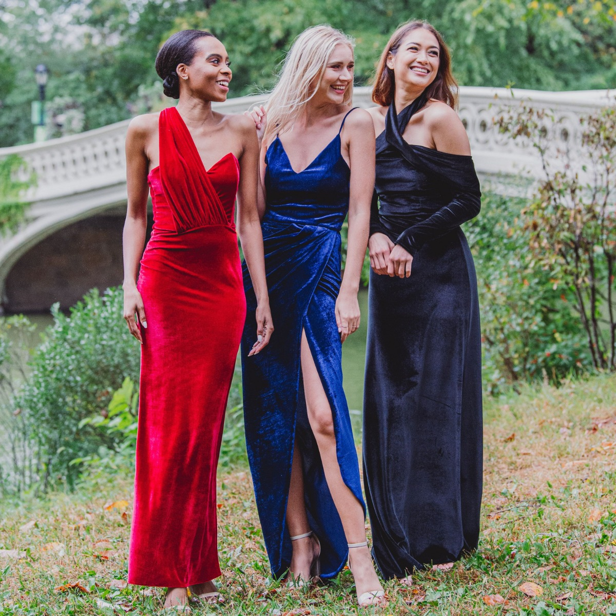Sustainable and Versatile Bridesmaids and Evening Dresses by Pia Gladys Perey