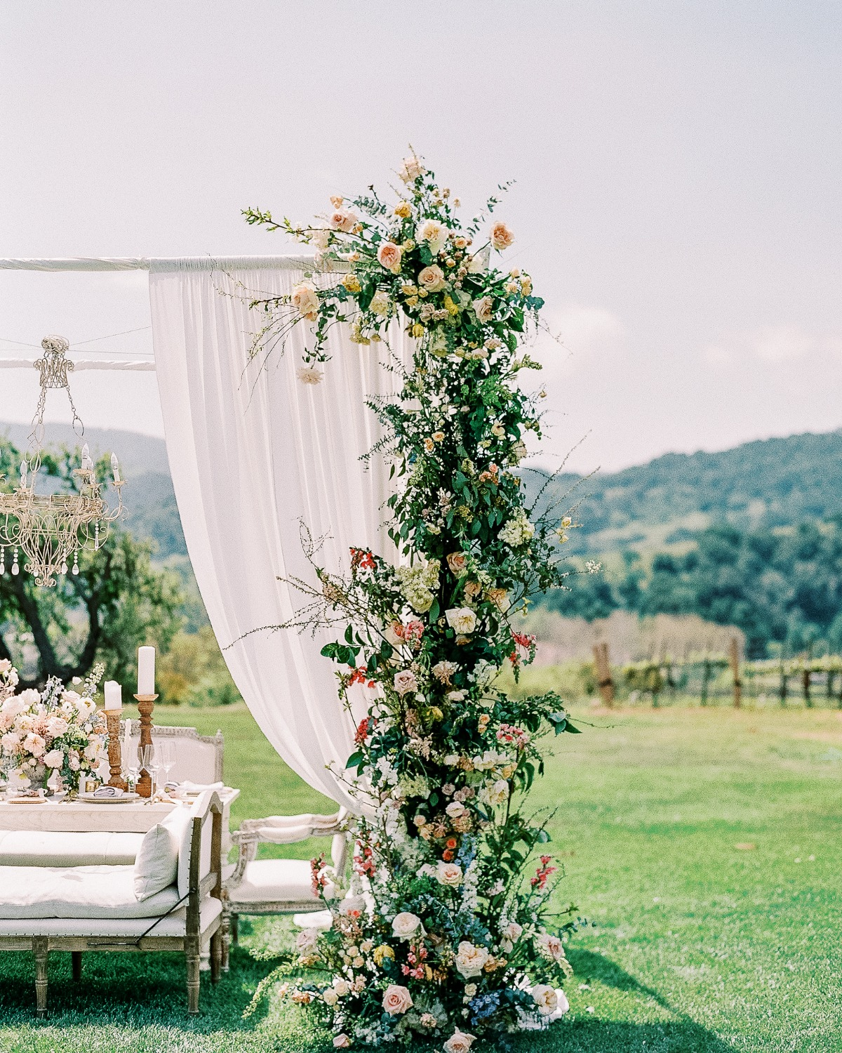 Your Guide To Hosting An Elegant Outdoor Micro-Wedding