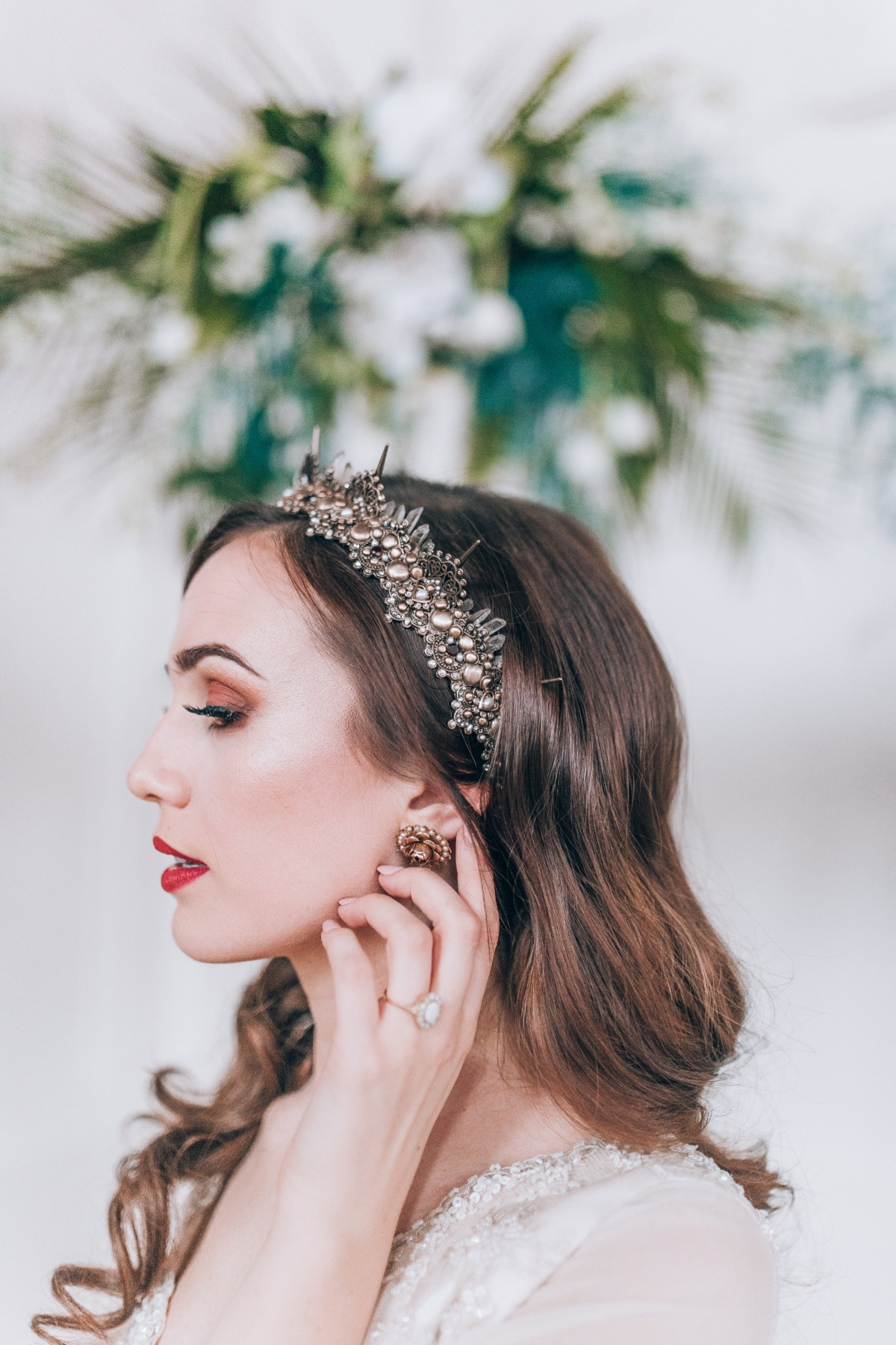 Learn How To Bring The Outside In With This Casablanca Inspired Shoot