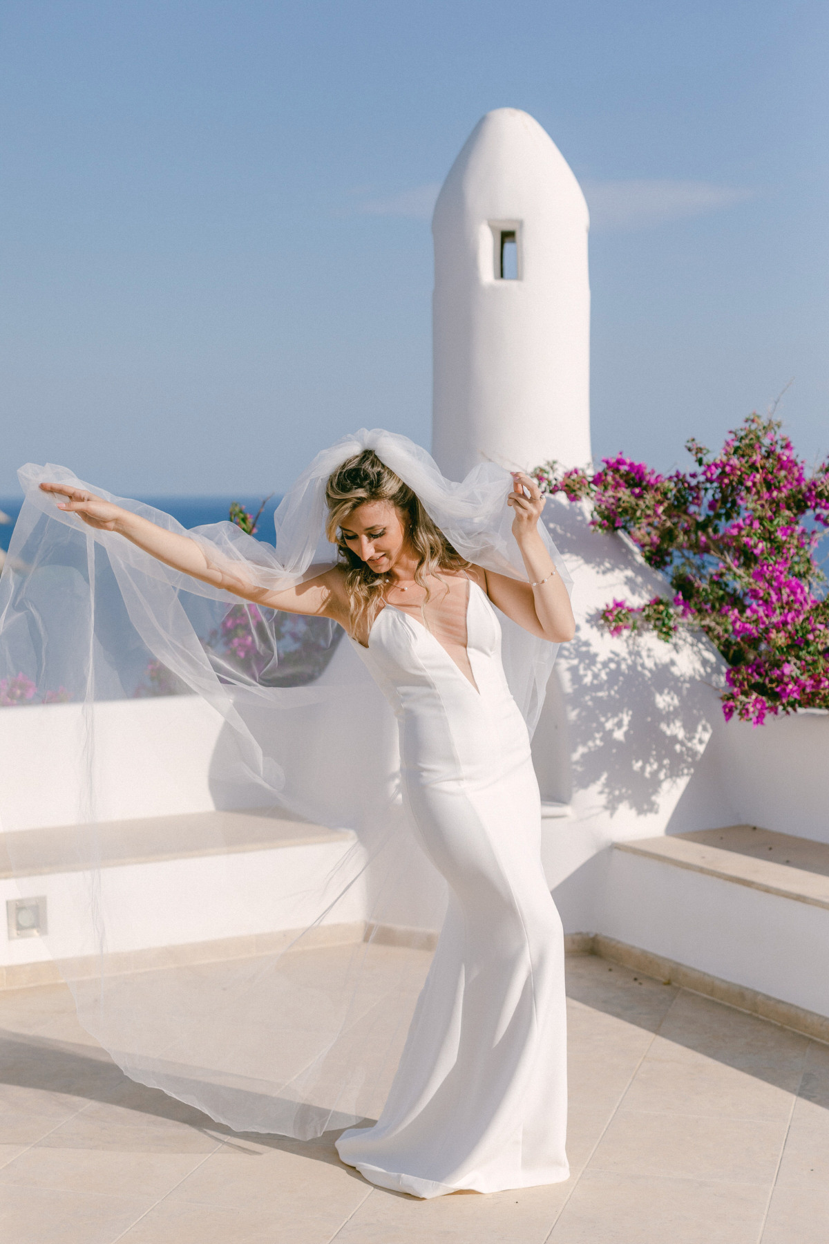 Dreamy Destination Wedding In Greece With Cliffside Views That Will Blow Your Mind
