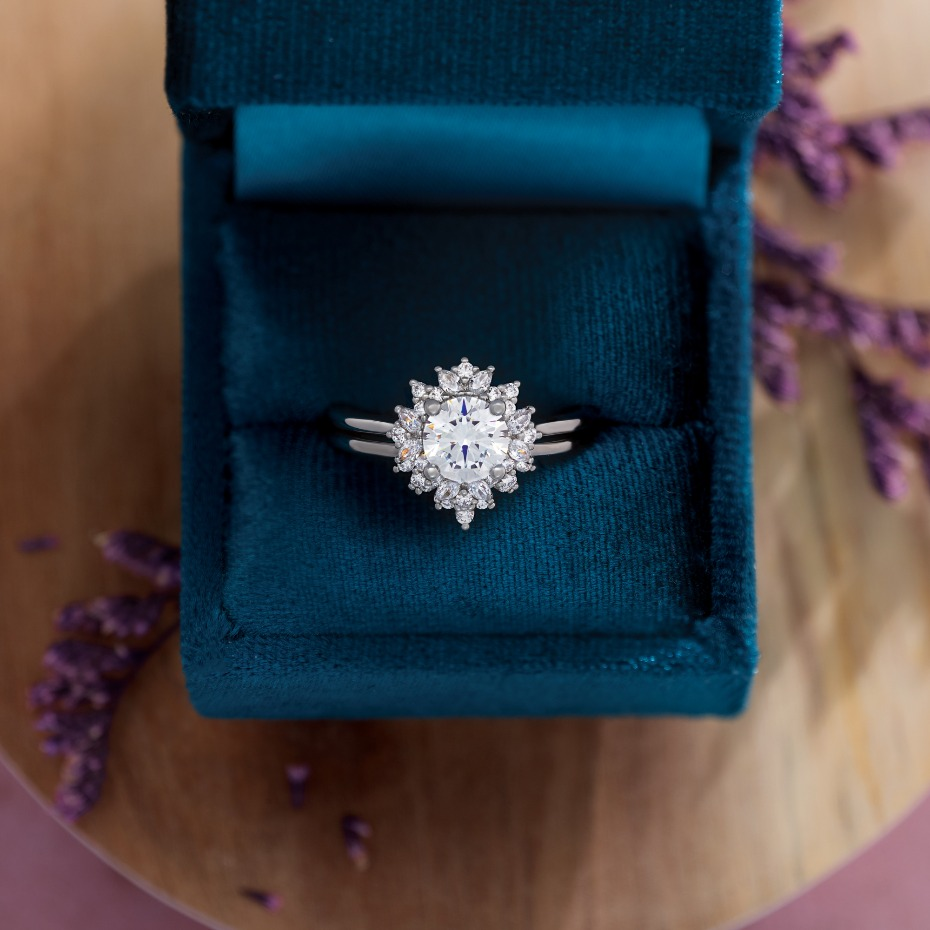How to Make Your Fall Engagement Even More Fitting