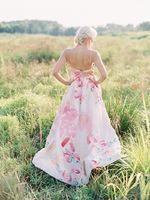 Sweet Peach Summertime Wedding Ideas
